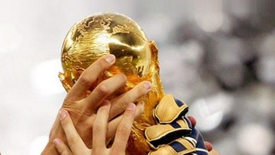 2 16 570x330 390x220 - خلفيات مميزة وجميلة لجوالات الآيفون لكأس العالم روسيا 2018