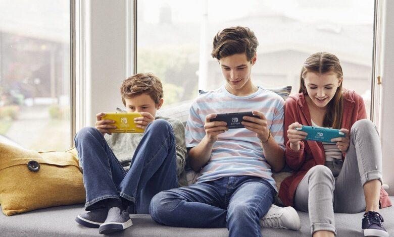 d8b4d8b1d983d8a9 nintendo d8aad8b1d981d8b9 d988d8aad98ad8b1d8a9 d8a5d986d8aad8a7d8ac d8acd987d8a7d8b2 nintendo switch d984d985d988d8a7d983d8a8 5eb406ac34f6b 780x470 - شركة Nintendo ترفع وتيرة إنتاج جهاز Nintendo Switch لمواكبة الطلب الكبير