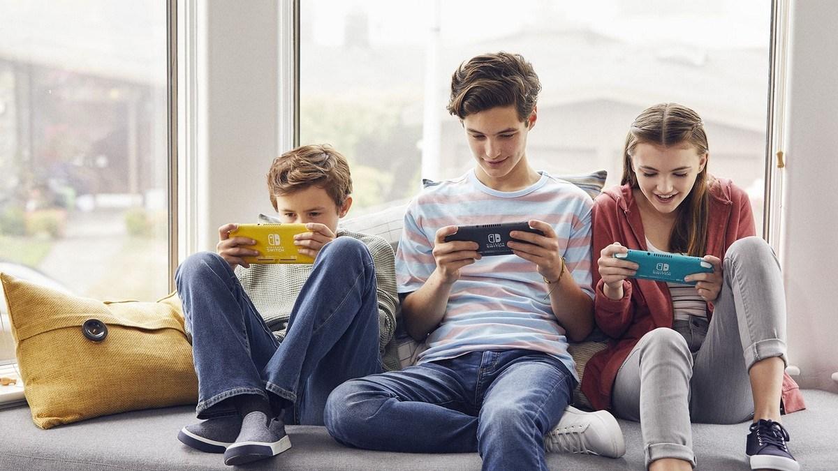d8b4d8b1d983d8a9 nintendo d8aad8b1d981d8b9 d988d8aad98ad8b1d8a9 d8a5d986d8aad8a7d8ac d8acd987d8a7d8b2 nintendo switch d984d985d988d8a7d983d8a8 5eb406ac34f6b - شركة Nintendo ترفع وتيرة إنتاج جهاز Nintendo Switch لمواكبة الطلب الكبير